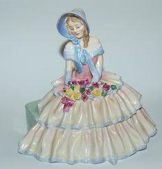 "Gorgeous Royal Doulton Figurine ""Daydreams HN 1732"""