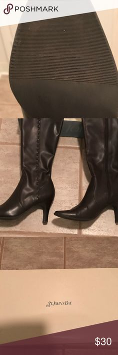 """Woman's Size 8.5 Fashion Boots These fashion boots are all man made material with a 3"""" heel.   They have a zipper on the side.   Very good condition.  Only worn a few times.  They are dark brown in color. Shoes"""