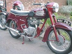 triumph 500 speed twin - I had one of these Classic Road Bike, Classic Bikes, Classic Cars, Classic Motorcycle, Triumph Motorbikes, Triumph Motorcycles, Cars And Motorcycles, British Motorcycles, Vintage Motorcycles