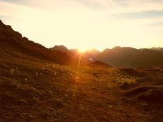 Sonnenaufgang am Mohnensattel #Lech #Arlberg #sunrise #Sonnenaufgang #Hiking #Wandern #Berge #Naturpur