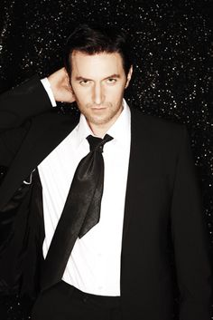 Richard Armitage. Now THAT is some manly perfection. ;)