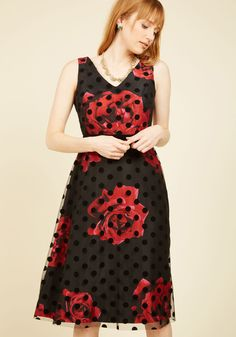 Refined Art A-Line Dress. Be a true vision in the gallery by stepping up to your favorite painting in this black A-line. #red #modcloth