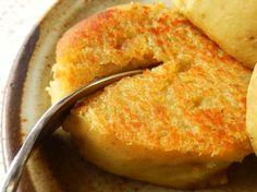 農家のおやつ「さつまいもの黄金焼き」がめちゃウマ!バターで外はカリッと、中はねっとり [えん食べ] Baby Food Recipes, Snack Recipes, Fruit Snacks, Dim Sum, Cornbread, Tea Time, Sweet Potato, Food And Drink, Potatoes