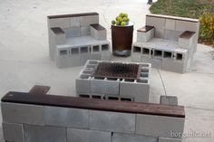 I'm Making a Chair! Concrete Stone Sofa, 2 Chairs & Table/fire pit $150. Good tutorial Via b. organic
