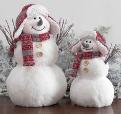 Snowmen... love the hats with earflaps
