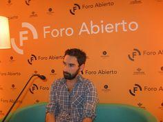 "El músico asturiano Alfredo González presentó ""Hijas ilegítimas""."