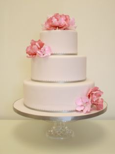 IDC-33 Love this cake! Would just change silver to gold and add a few more florals + cake topper!