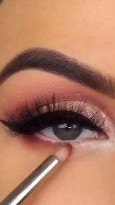 Eyebrow Makeup Tips, Makeup Eye Looks, Eye Makeup Steps, Eye Makeup Art, Natural Eye Makeup, Makeup Videos, Eyeshadow Makeup, Beauty Makeup, Eye Makeup Designs