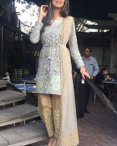 indian fashion Modern -- CLICK VISIT link above for more options Pakistani Wedding Outfits, Pakistani Dresses, Indian Dresses, Indian Outfits, Pakistani Clothing, Emo Outfits, Style Indien, Pakistani Couture, Indian Couture