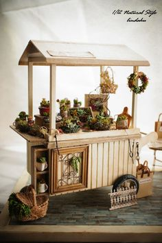 Natural Style miniature succulent stand: