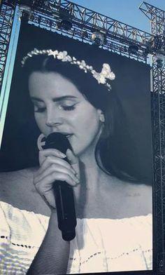 Lana Del Rey at Vieilles Charrues Festival in France #LDR