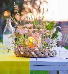 from Marie claire idees hors serie juin 2015 Flower Centerpieces, Table Centerpieces, Table Decorations, Beautiful Flower Arrangements, Floral Arrangements, Deco Champetre, Candle Jars, Candles, Deco Floral
