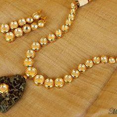 Kundan Necklace with Kundan-studded Raw Rock Pendant