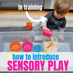 Sensory play is the work of a child. The sensory play explores sight, touch, smell, ears and sometimes even taste to develop a deeper understanding of core math and science concepts. You can start sensory play now with your one year old! Sensory Bins, Sensory Activities, Infant Activities, Sensory Play, Learning Activities, Learning Spaces, Toddler Play, Toddler Preschool, Preschool Crafts