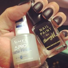 #matte #black #nails   products : nail paint by #barryM & matte finish top coat by #rimmel