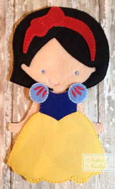 Snow White Princess Felt UnPaper doll and by NettiesNeedlesToo, $12.00