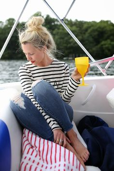 Here are some outfit ideas and inspiration for what to wear for a summer weekend at the lake. Nautical Outfits, Nautical Fashion, Vacation Outfits, Summer Outfits, Cute Outfits, Beach Outfits, Shirt Outfit, Preppy, Stripes