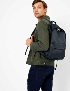 Upgrade your look with men's accessories, ranging from eye-catching hats and ties to functional watches and bags. Travel Accessories For Men, Bag Accessories, Leather Belts, Leather Gloves, Casual Belt, Knitted Gloves, Herschel Heritage Backpack, School Uniform, School Bags