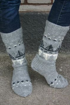 Nordic Yarns and Design since 1928 Wool Socks, My Socks, Knitting Socks, Hand Knitting, Knitting Patterns, How To Start Knitting, Knitting Videos, Bunt, Jackets