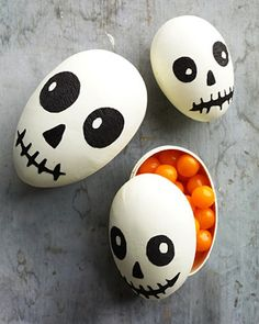 Halloween Egg Fun!  Decorate hard-boiled eggs with a food pen!  A fun and healthy snack for the Holiday! (just a note-I myself would use egg shaped cardboard containers that can be bought from Blumchen, this way you could use them every year for treats for your kids!)