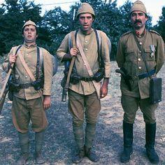 Halit Akçatepe, Kemal Sunal, Şener Şen / Şabanoğlu Şaban / 1977