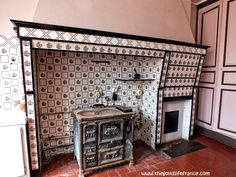 Renoir's kitchen and the tiled hearth