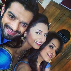 Its selfie time for divyanka