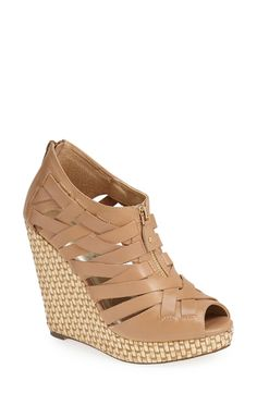 Love these strappy wedge sandals.