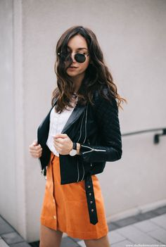 orange-button-through-suede-skirt-lace-blouse-leather-jacket-sporty-outfit-5