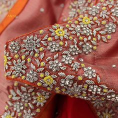 Bright vibrant and attractive the creeper design on this blouse is done exquisitely. Kids Blouse Designs, Hand Work Blouse Design, Fancy Blouse Designs, Traditional Blouse Designs, Wedding Saree Blouse Designs, Maggam Work Designs, Designer Blouse Patterns, Maggam Works, Sarees