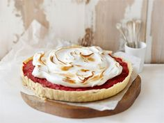 Raparperi-marenkipiiras Sweet Pie, 20 Min, Cheesecake, Yummy Food, Sweets, Homemade, Cookies, Baking, Desserts