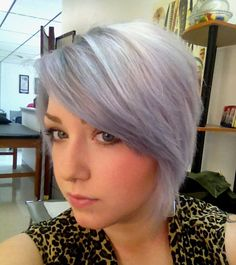 Silvery lavender hair. @Jamie Wise Wise Wise Heustess I want this color!!