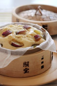 Steamed cake of sweet potato Cooking Bread, Cooking Recipes, Steamed Cake, Japanese Sweets, Rice Cakes, Sweets Recipes, Sweet Bread, No Cook Meals, Delicious Desserts