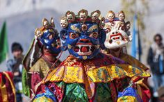 Immerse yourself in the #Sindhu #Darshan #Festival celebrations on the banks of river Sindhu, or #Indus in #Ladakh. During this festival waters from all the main #rivers of India are brought in earthen pots to Ladakh and poured into the mighty 'Indus', the river that gave #India its name. goExplore: https://goo.gl/h8WGSw