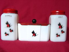 McKee Red Coat Scotty Dog Range Set With Grease Jar