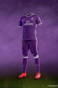 REAL MADRID 2016/17 away