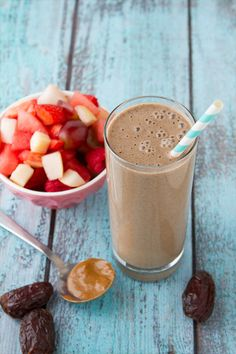 Butterscotch Smoothie from the Vibrant Life Cookbook | Healthful Pursuit #smoothie #vegan #detox