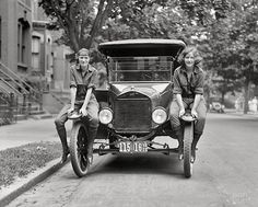 June 13, 1922: Veterans Bureau employee Viola LaLonde and Census Bureau employee Elizabeth Van Tuyl pose beside a Ford automobile before making their cross-country drive from Washington, DC to San Francisco. (Photo by Hulton Archive/Getty Images)