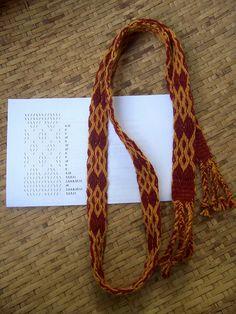woven belt w/  natural dye