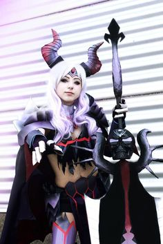 Cosplayer: Ellie Amber Character: Gore Magala S From: Monster Hunter 4 Ultimate
