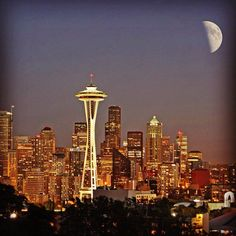 Seattle moonrise.