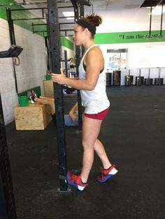Coach Cat demonstrating ankle mobility at CrossFit Invictus in San Diego Ankle Mobility Exercises, Ankle Strengthening Exercises, Ankle Flexibility, Stretches For Flexibility, Stretching, Perfect Squat, Air Squats, Crossfit Athletes, Improve Yourself
