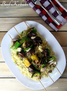 Marinated Beef, Grilled Beef, Easy Indian Recipes, Ethnic Recipes, Vegetarian Side Dishes, Pita Bread, Great Appetizers, Skewers, Mayonnaise