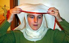 I keep losing this site! How to wear various veils.
