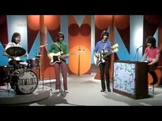 Brian Poole & The Tremeloes - Do You Love Me - YouTube