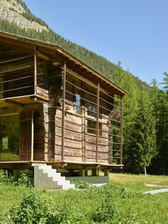 Barn Conversion / Savioz Fabrizzi Architectes