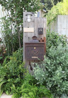 W O R K S Garden Junk, Balcony Garden, Plant Design, Garden Design, Natural Garden, Architecture, Exterior Design, Signage, Entrance