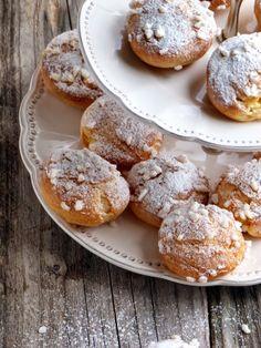 chic,chic,choc...olat: Dunes blanches: chouquettes garnies de crème vanillée