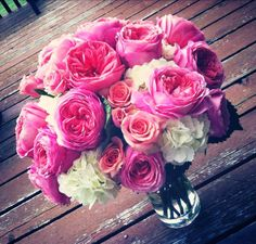 BEAUTIFUL wedding bouquet. Pink garden roses. white hydrangea. pink. white.