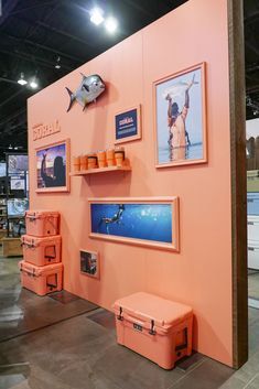 YETIs new product display at the Outdoor Retailer Show. Condit exhibits fabricated this fun coral wall to show off the n Trade Show Booth Design, Display Design, Store Design, Wall Design, Design Design, Interior Design, Exhibition Stall, Exhibition Booth Design, Exhibition Display